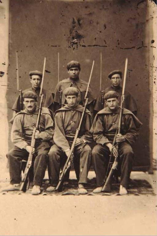 Soldados de la Compañía de Escolta de la Diputación Carlista de Gipuzkoa.