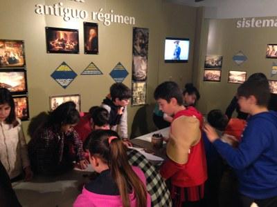 El patrimonio de los alumnos de 5º de Ormaiztegi en el museo
