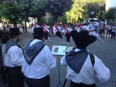 Fotos y vídeos de la actuación sobre Iztueta