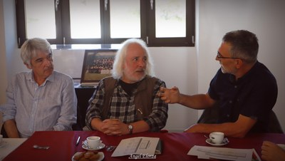 Allende Bouttin kazetaria, Niko Etxart musikaria eta Patrick Queheille musikaria